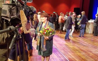 Liane Wolfert wint Mantelzorg Award 2016
