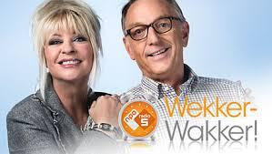 Mantelkring bij Omroep MAX in Wekker-Wakker!